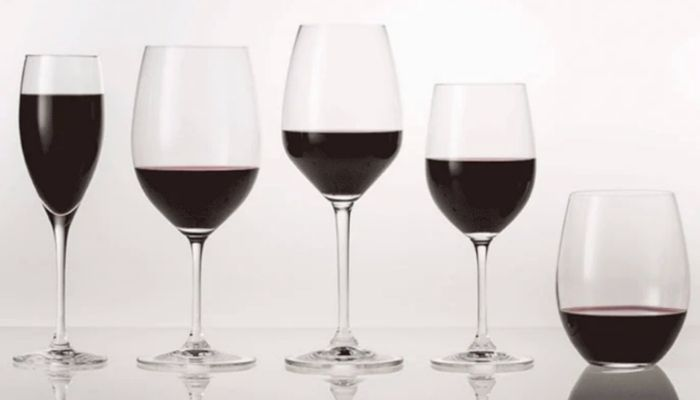 Different Sizes of Wine Glasses